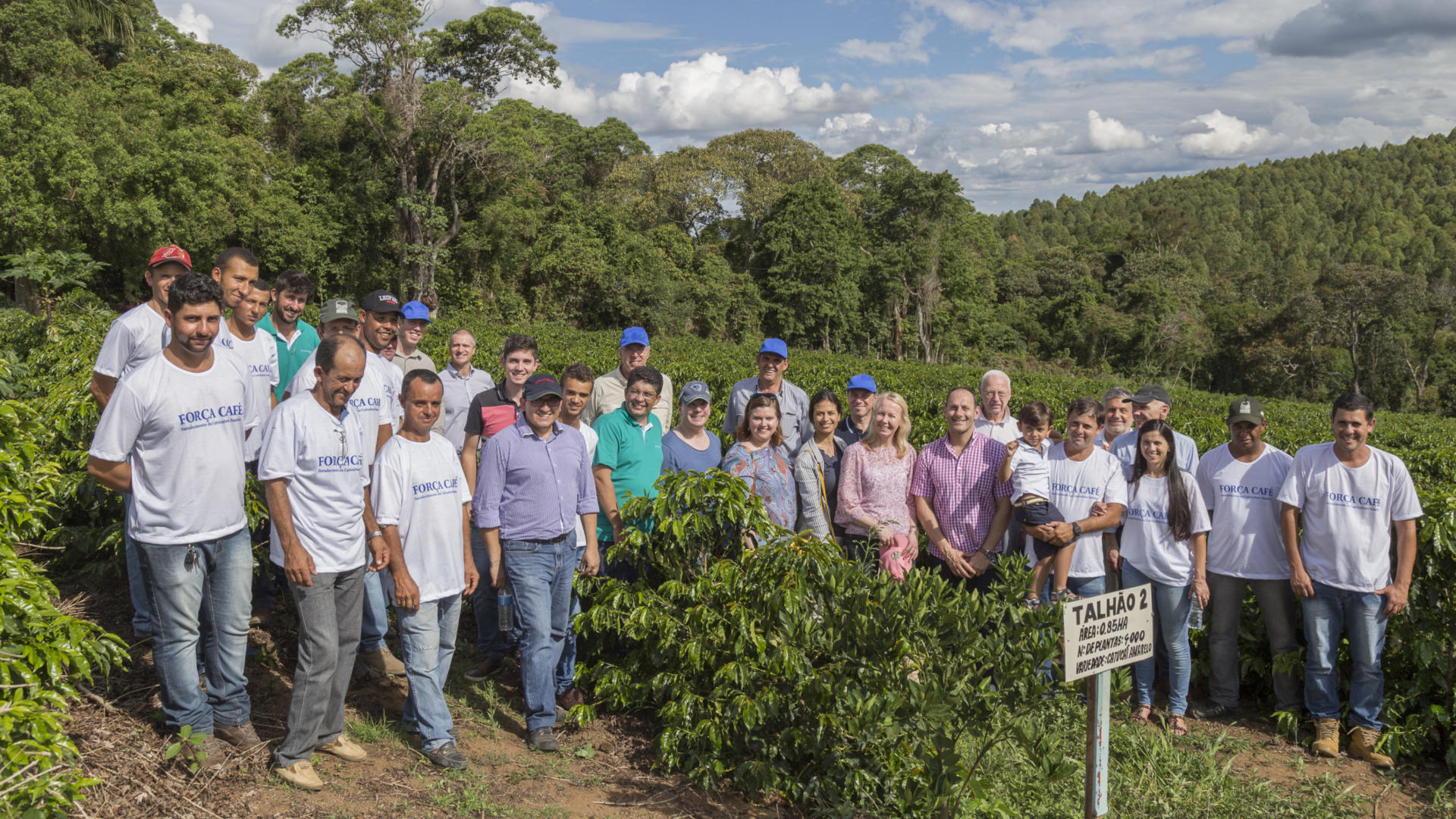 Sustainability in the coffee sector starts with cooperation