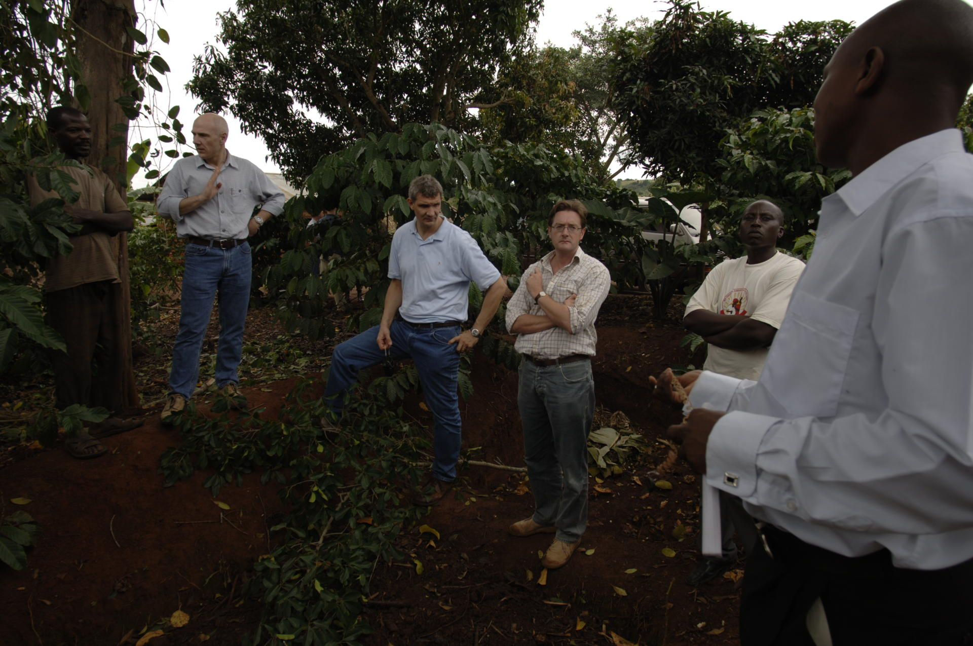 Meeting smallholder coffee farmers in the field for more coffee sustainability